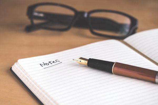 opleiding tot ambassadeur pen en papier unsplash
